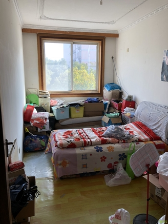 上海花园A区 3室2厅1厨2卫1阳台 126.9平米 售价67.8万 好楼层