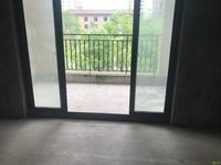 凤凰城 新房 三室两厅两卫毛坯,两房朝南 89.8万