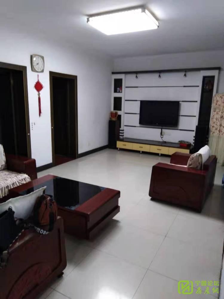 出租上海花苑3室2厅2卫119平米1500元/月住宅