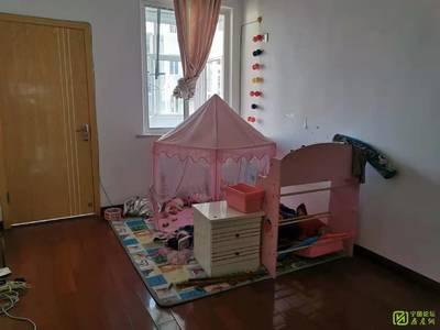 南门桥 金津苑 4楼三室两厅两卫 家电齐全 拎包入住 1600月