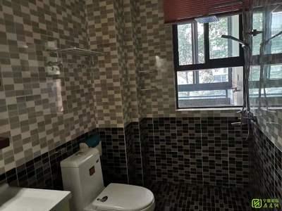 豪宸俪景 2楼 三室两厅两卫 全屋硅藻泥 家电齐全 拎包入住1500月