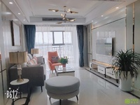 名人公馆电梯房复试楼,产证面积140平方,四室二厅二卫,挂价118万