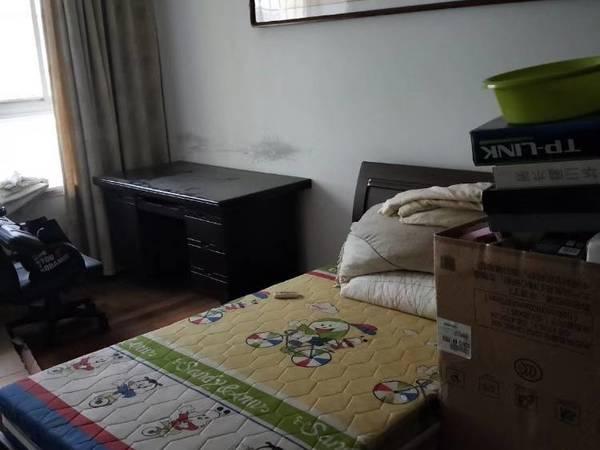 出租市政府旁新苑小区3室2厅1卫120平米1300元/月住宅