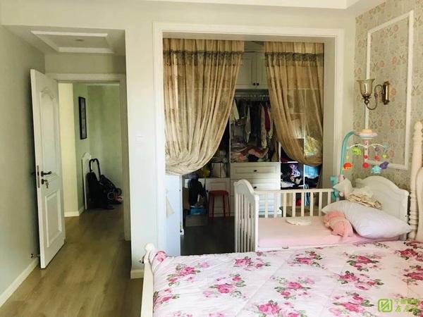 002046凤凰城电梯好楼层 3室2厅 品质装修 保养青丝 拎包入住性价比高