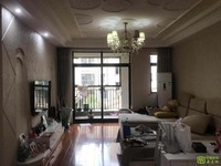 挂牌号004067,出售凤凰城多层好楼层,户型周正,前后三阳台,装修青丝