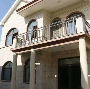 独栋别墅 占地5分有大院子产证194.66平原挂398万现挂368万