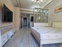 凤凰城精装电梯单身公寓家具家电崭新齐全做饭洗澡方便无线网随时看房