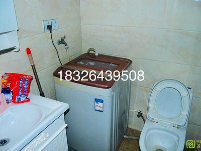 凤凰城精装单身公寓朝南有阳台电梯阳光充足家具家电齐全做饭洗澡方便随时看房