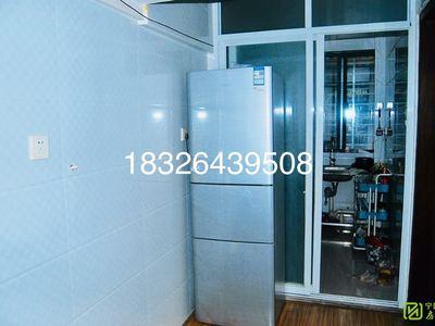 荷香嘉苑2楼2室2厅家具家电齐全做饭洗澡方便随时看房