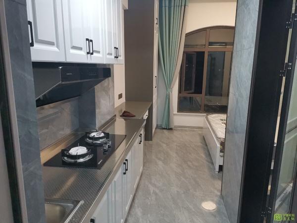 华贝广场精装单身公寓1100元家具家电崭新齐全做饭洗澡方便随时看房