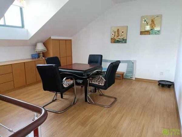 出售宁国花园4室3厅2卫166平米85.8万住宅
