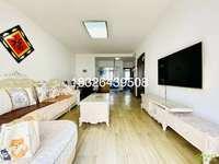 清华苑5楼精装3室2厅家具家电齐全做饭洗澡方便随时看房