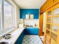 都市阳光旁4楼3室2厅带大平台家具家电齐全做饭洗澡生活方便随时看房