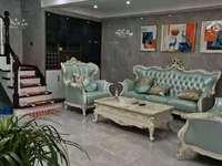 出售实验宁中附近国有出让别墅四室二厅二卫精装未住,产证180平挂价188万。