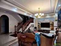 出售实验宁中附近独栋别墅五室二厅二卫,精装修,大院子,好停车230平挂价338万