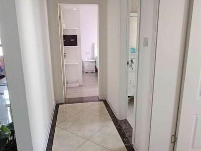润城 ,电梯好楼层 ,4室2厅2卫,产证147平 挂价105万