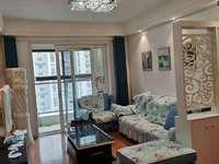 富华一期经典小三室,电梯好楼层,户型正阳光好精装婚房拎包入住。