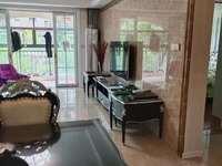 凤凰城二期,全屋精装修,带三个大阳台,采光佳,拎包入住,拓拓的富人区