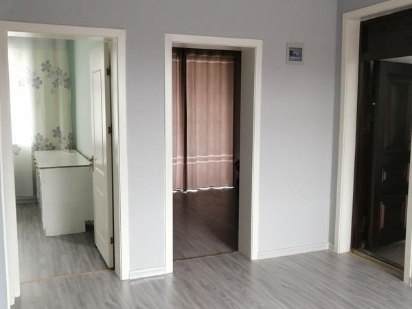 华泰超市后面2室2厅1卫98平米1350元/月住宅